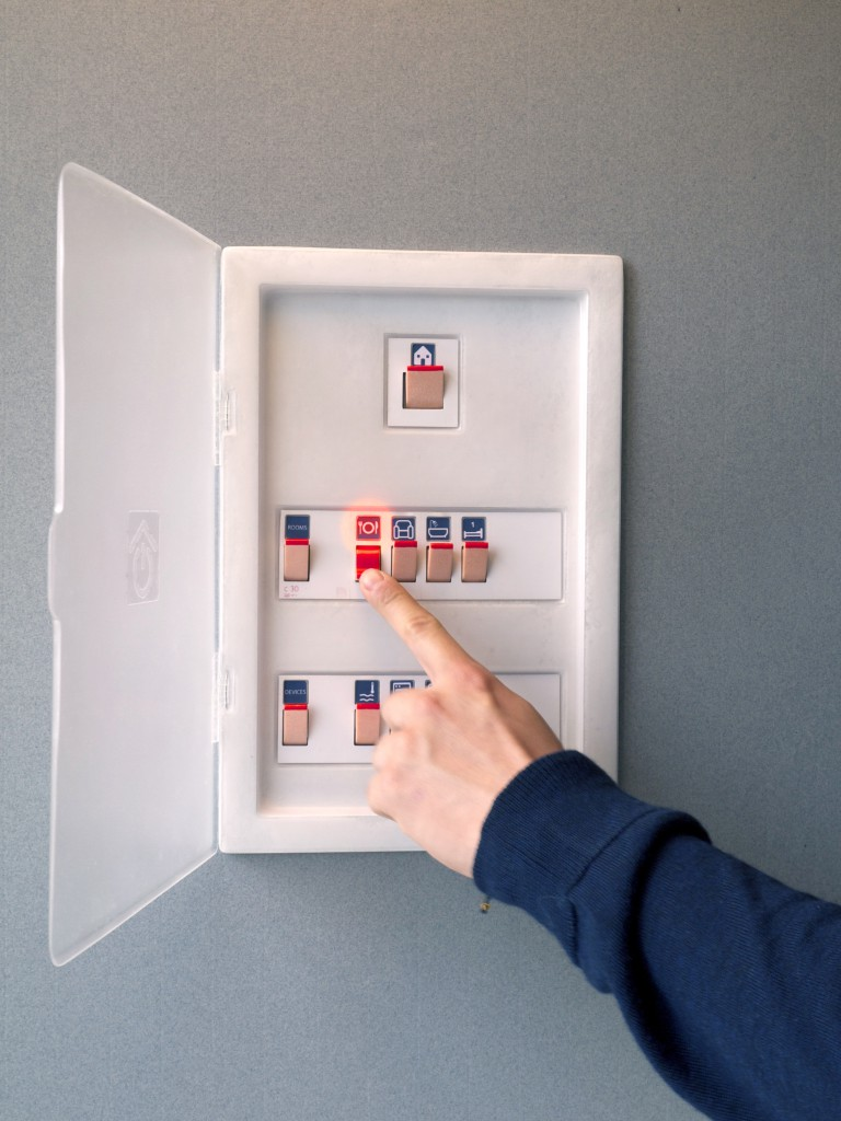 Safe Home circuit breaker system